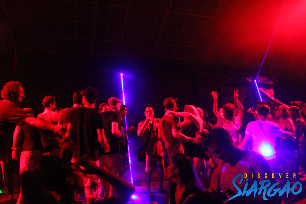 siargao island night life and party